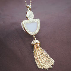 Women's Fashion Necklace (Sold in a single piece)