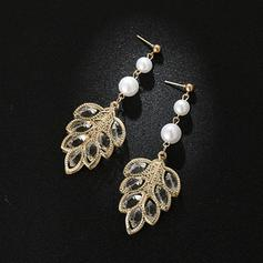 Chic Alloy Rhinestones Imitation Pearls Women's Earrings