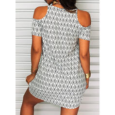 Geometric Print Short Sleeves Shift Above Knee Casual/Vacation Dresses
