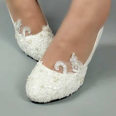 Women's Patent Leather Low Heel Closed Toe Pumps With Imitation Pearl Stitching Lace Applique