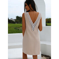 Lace/Solid/Backless Sleeveless Sheath Above Knee Sexy/Party Dresses