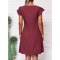 Solid Cap Sleeve Shift Knee Length Casual Dresses