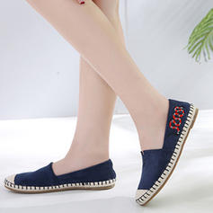 Women's Canvas Flat Heel Flats Closed Toe shoes