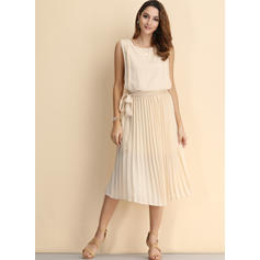 Solid Sleeveless A-line Vintage/Casual Midi Dresses