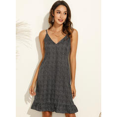 Print/Floral/PolkaDot Sleeveless Shift Above Knee Casual/Vacation Dresses