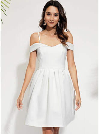 Solid Short Sleeves/Cold Shoulder Sleeve A-line Knee Length Party/Elegant Skater Dresses